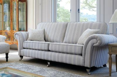 Medici Stripe fabric from the Baroque Collection